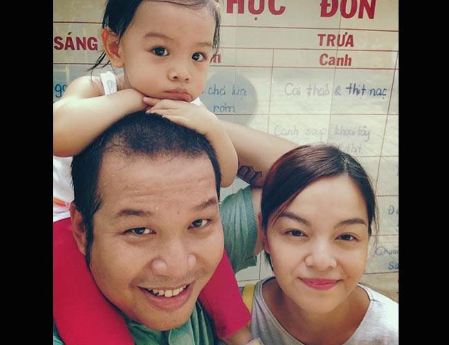 Sau 6 tháng kết hôn, nữ ca sĩ Phạm Quỳnh Anh đã sinh cho ông bầu Quang Huy một nàng công chúa xinh đẹp, vào tháng 11/2012. Đến nay, bé Bella đã sắp đi học mẫu giáo.