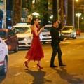 Làng sao - Trang Nhung được bạn trai đại gia đưa đi ăn khuya