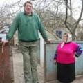 Tin tức - Người đàn ông cao 2,54 mét qua đời ở tuổi 44
