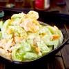 Salad tôm, cần tây tươi mát