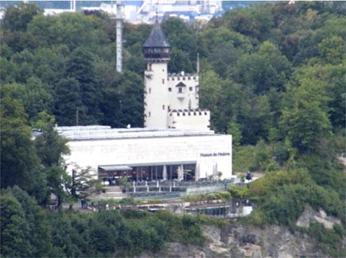 salzburg, ao - thanh pho cua nghe thuat, kien truc va… bia - 8