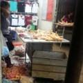 Tin tức - Thịt gà tồn cuối chợ đầu mối đi về đâu?