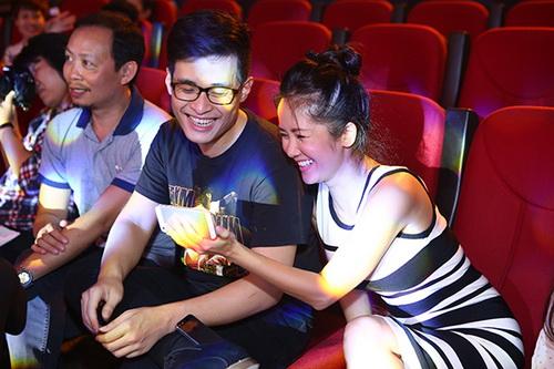 Hồng Nhung, Đoan Trang đọ dáng chuẩn sau khi sinh - 10