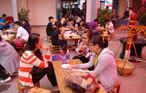 Những chợ phiên độc đáo ở Sài Gòn-2