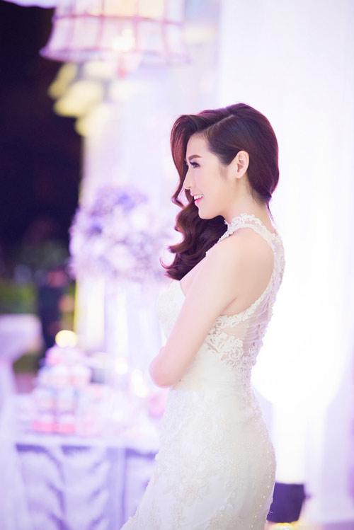 "my linh bat ngo lam chu hon cho ""dam cuoi"" tu anh - 3"