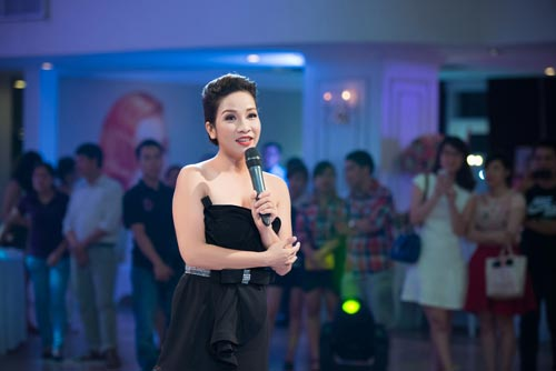 "my linh bat ngo lam chu hon cho ""dam cuoi"" tu anh - 10"