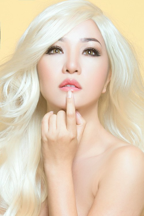 "thuy nga hoa ""bup be barbie"" toc bach kim - 9"