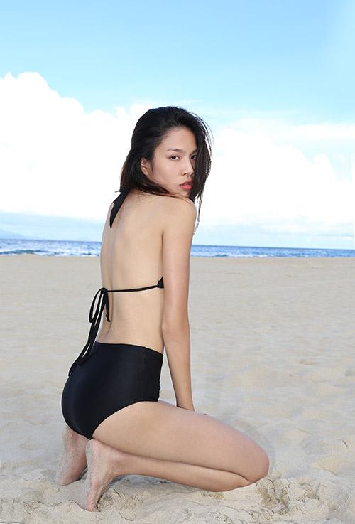 Thí sinh người mẫu khoe đường cong đẹp ngỡ ngàng-9
