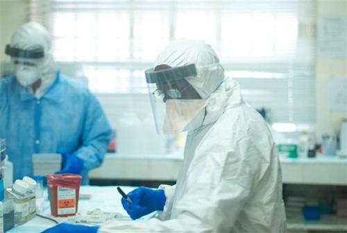 Hot: Đã tìm ra nguồn gốc lây nhiễm dịch Ebola-2