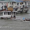 Tin tức - Sóng dữ nhấn chìm tàu du lịch thứ 3 trên vịnh Hạ Long