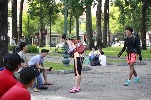 huong giang idol di tren day qua song sai gon - 1