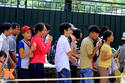 hang van du khach doi nang tham lang bac - 7