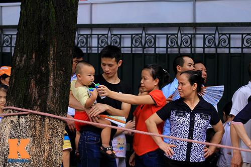 hang van du khach doi nang tham lang bac - 8