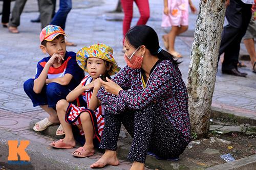 hang van du khach doi nang tham lang bac - 9