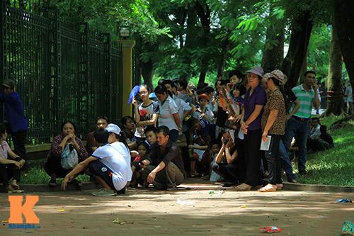 hang van du khach doi nang tham lang bac - 15