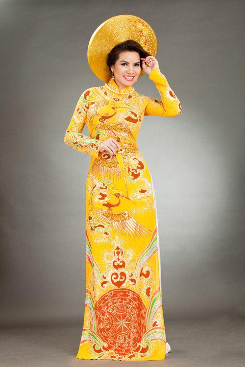 hoa hau kim hong sang trong voi ao dai long phung - 3