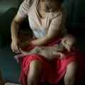 Làm mẹ - Rơi lệ: bé 13 tháng gầy trơ xương vì bệnh lạ