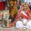 Tin tức - Cô gái 18 tuổi kết hôn với... chó để tránh tai ương