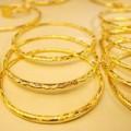 Mua sắm - Giá cả - Vàng nội, vàng ngoại đảo chiều tăng