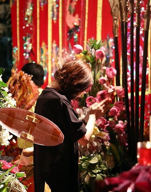 angela phuong trinh khoe eo thon di gio to nghe - 12
