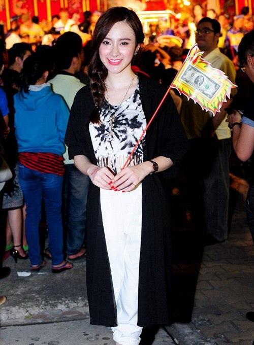 angela phuong trinh khoe eo thon di gio to nghe - 10