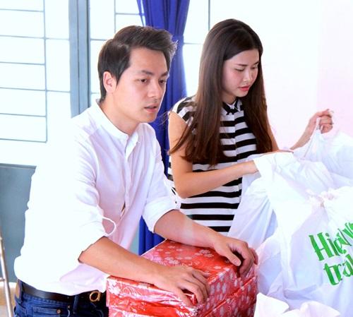 vo chong dang khoi doi nang di phat qua trung thu - 6