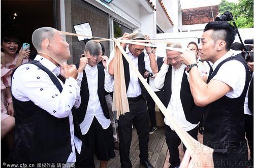 thai trac nghien, chung han dong ru nhau lam phu dau - 3
