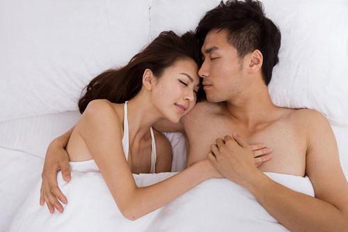 """lay chong khong co nghia la """"deo gong vao co"""" - 1"""