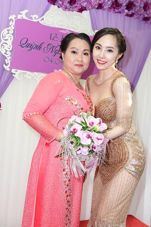 """quynh nga - doan tuan khoe """"giuong hanh phuc"""" - 12"""