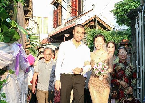 """quynh nga - doan tuan khoe """"giuong hanh phuc"""" - 9"""