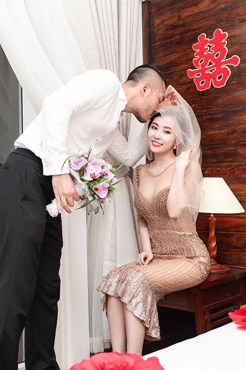 """quynh nga - doan tuan khoe """"giuong hanh phuc"""" - 15"""