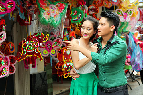 thai chi hung lan dau khoe ban gai xinh dep - 2