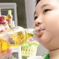 Tin tức - Trẻ uống quá nhiều nước tăng lực dễ suy dinh dưỡng