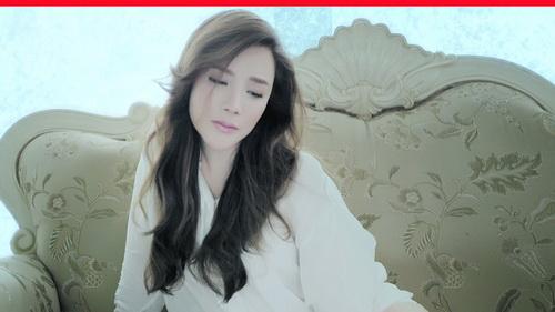 ho quynh huong khoc roi nuoc mat van xinh dep - 12