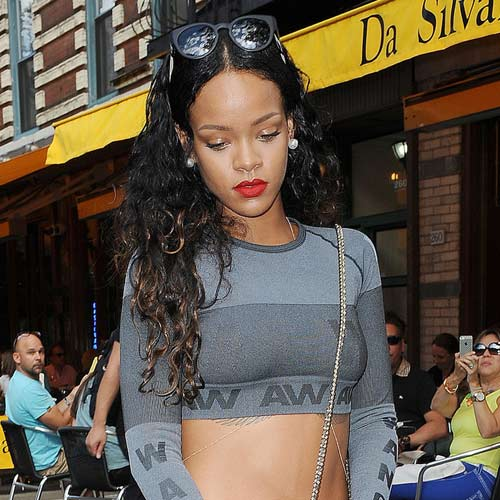 rihanna bat ngo mac do h&m hop tac alexander wang - 4