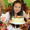 Làng sao - Phan Như Thảo đón sinh nhật giản dị vắng người yêu