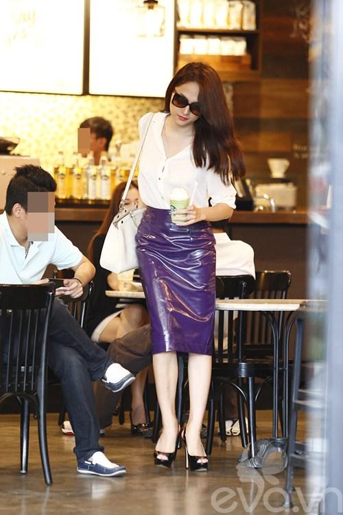 """huong giang idol tu tay lai xe """"binh dan"""" di gap ban be - 10"""