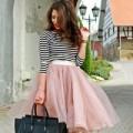 Thời trang - Váy midi tràn về theo gió thu
