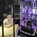 Tin tức - Độc đáo nhà hàng phong cách tù giam ở Trung Quốc
