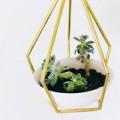 Nhà đẹp - Cách làm chậu cây treo cá tính cho nhà đẹp