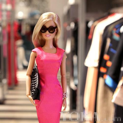 bup be barbie xung xinh vay ao du tuan le thoi trang - 9
