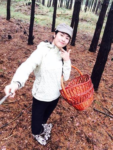 angela phuong trinh mua cot dieu luyen tren san tap - 17