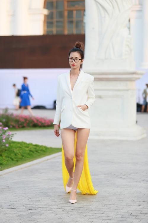 chan dai miet mai tap luyen cho dep fashion runway 3 - 9