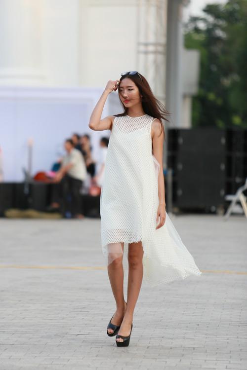 chan dai miet mai tap luyen cho dep fashion runway 3 - 10