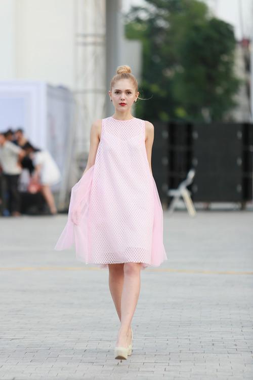 chan dai miet mai tap luyen cho dep fashion runway 3 - 11