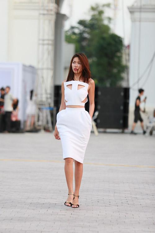 chan dai miet mai tap luyen cho dep fashion runway 3 - 14