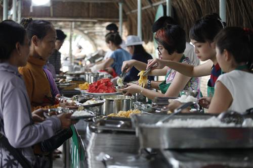 khanh phuong that bai voi vai tro doi truong - 6