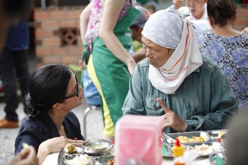 khanh phuong that bai voi vai tro doi truong - 8