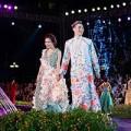 Thời trang - Hoàng Thùy Linh hóa công nương lộng lẫy bên Lý Quí Khánh