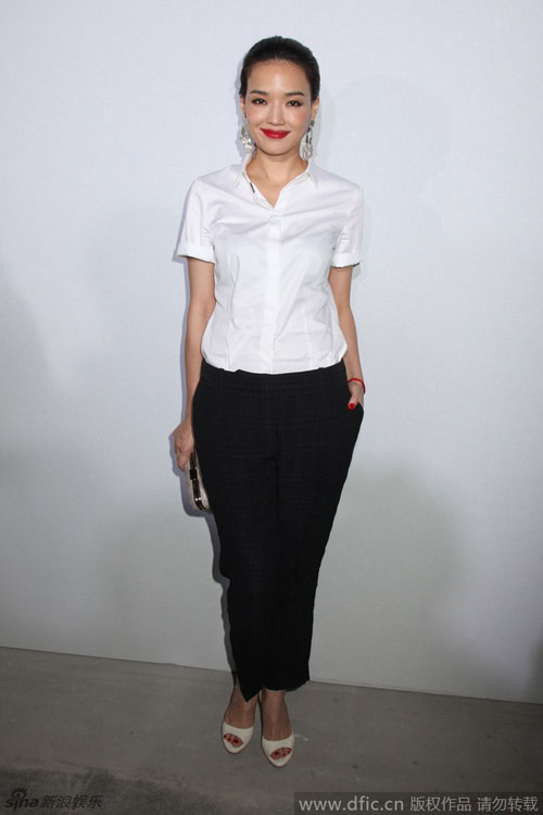 thu ky gian di tai new york fashion week - 5